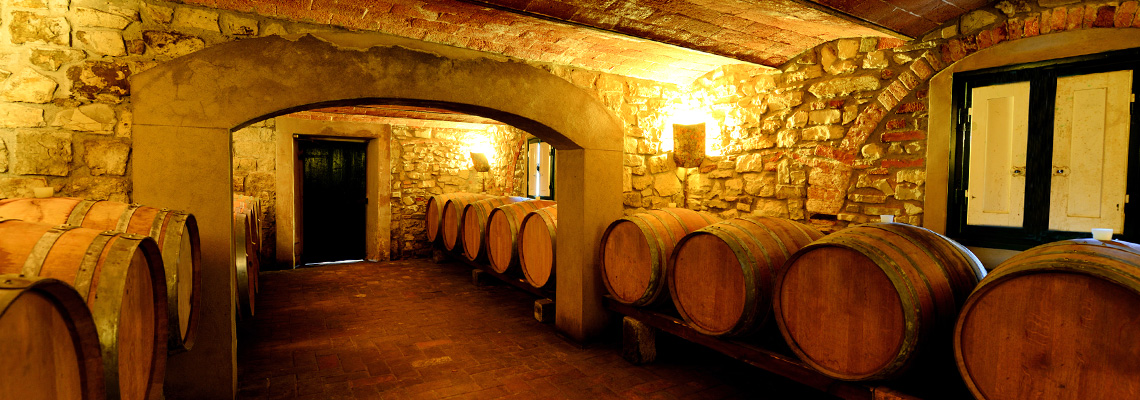 tuscany-winecellar